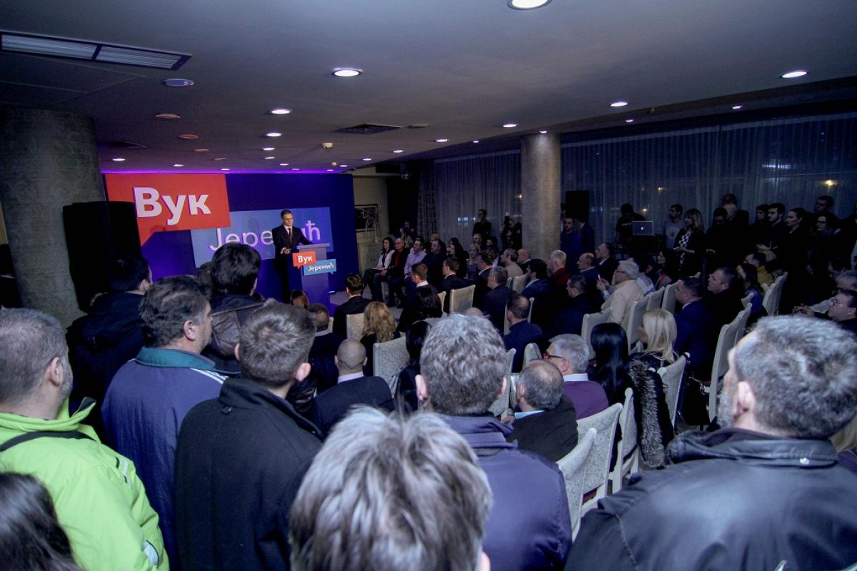 Јеремић у Краљеву: Власт намерава да приватизује ЕПС
