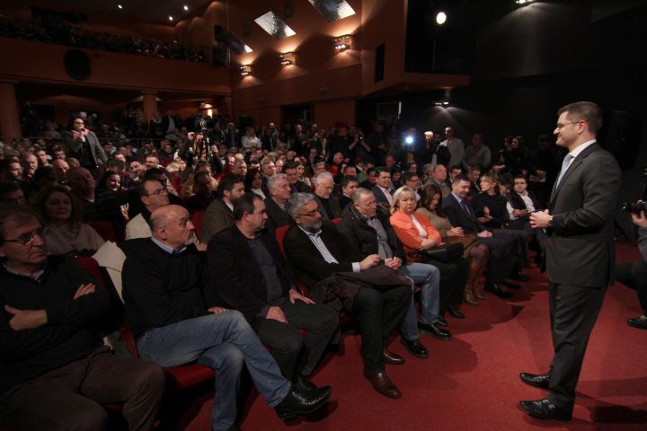 Јеремић у Шапцу: Србију не сме да својата ниједна странка или политичар