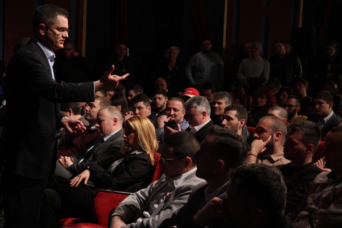 Јеремић у Сремској Митровици: Ова власт је обећала да ће признати Косово