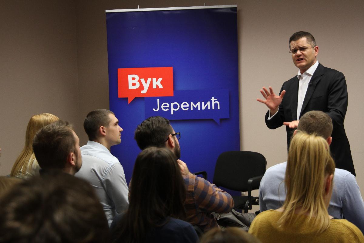 Јеремић: Власт промовише агресију, бахатост и једноумље