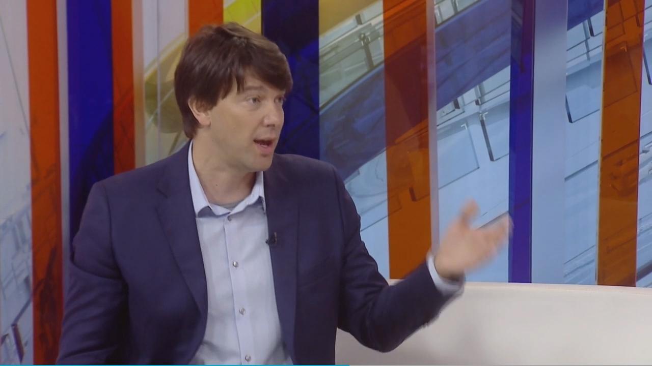 Јовановић за Бету: Вучић ћути о слабој економији, а напада твитераше